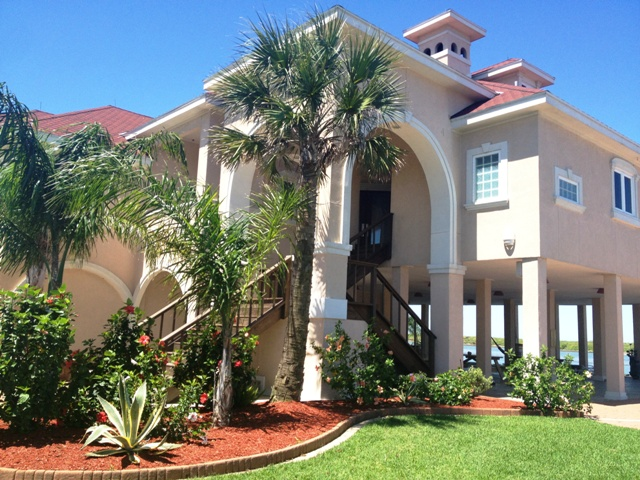 Crystal Beach Villa Premier Waterfront Beach Vacation Rental Entry